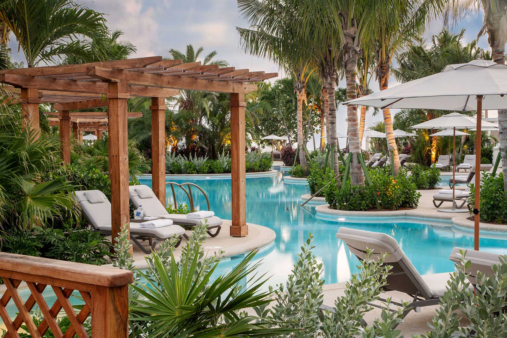Rosewood residences Baha Mar pool